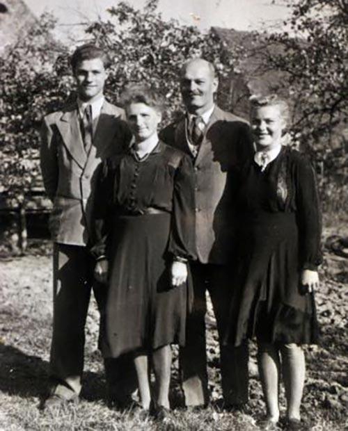 Albert & Lydia Hauser mit den Kindern Arnold und Inge