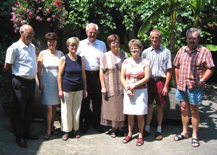 Arnold Hauser mit den Kindern Hermann, Ursula, Helmut, Renate, Susanne, Frank und Heike